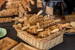 Rodillos de madera tradicionales con textura del modelo tradicional hermoso imagen de archivo