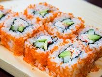 Rodillos de sushi de California Imágenes de archivo libres de regalías