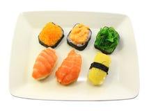 Rodillos de sushi deliciosos Foto de archivo