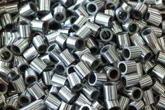 Rodillos pulidos hechos del acero en los tornos y las fresadoras Fotografía de archivo libre de regalías