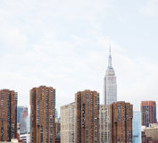 Środka miasta Manhattan linia horyzontu z empire state building Zdjęcia Royalty Free