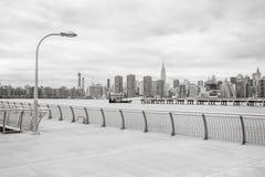 Środka miasta Manhattan linii horyzontu panorama z empire state building Fotografia Royalty Free