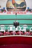 Środkowy stopwatch dla cockfighting w Otavalo Zdjęcia Royalty Free