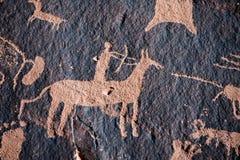 Rodowitego Amerykanina myśliwego petroglif zdjęcia stock
