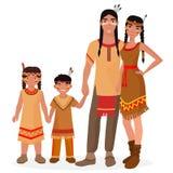Rodowity Amerykanin Indiańska tradycyjna rodzina Amerykańsko-indiański mężczyzna i kobieta Amerykańsko-indiański chłopiec i dziew Fotografia Royalty Free