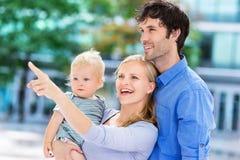 Rodzice z chłopiec fotografia royalty free