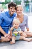 Rodzice z chłopiec obraz royalty free