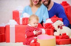 Rodzicielstwo nagradzający z miłością tego domu hearths pojęcia rodziny kluczy cudowny wielu drzewo miłości Wszystko potrzebujemy fotografia royalty free