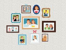 Rodzin ramy ustawiać Ludzie portretów obrazują, stawiają czoło, photoportraits na ścianie z dzieciakami, pies, żona i dziadkowie, royalty ilustracja