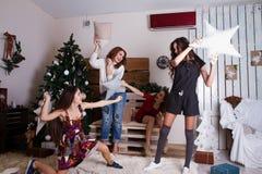 Rodzina Świętuje nowego roku zdjęcie stock