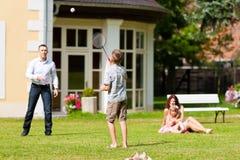 rodzina bawić się lato fotografia royalty free
