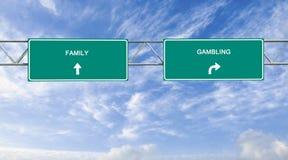 rodzina i uprawiać hazard zdjęcie royalty free