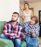 Rodzina kłóci się z mąż matką obraz stock