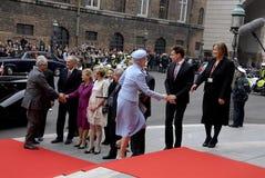 RODZINA KRÓLEWSKA PRZYJEŻDŻA PRZY DUŃSKIM parlamentu otwarciem Zdjęcie Royalty Free