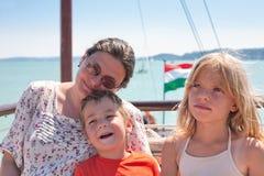 Rodzina na Jeziornym Balaton Zdjęcia Royalty Free