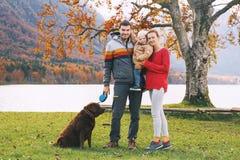 Rodzina na Jeziornym Bohinj, Slovenia, Europa Zdjęcie Stock