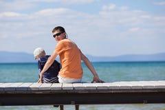 Rodzina przy dokiem Obraz Stock