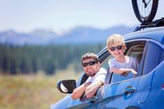 Rodzina przy wycieczką samochodową Obrazy Royalty Free
