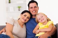 Rodzina w domu Fotografia Royalty Free