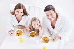 Rodzina z dzieckiem obraz royalty free