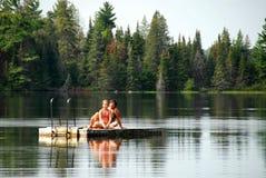 rodzina zabawy jeziora Obraz Royalty Free