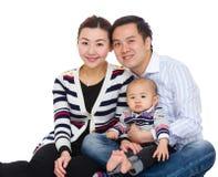 rodzinne tła ojca dziecka szczęśliwa matka odizolowana w białych smile young obrazy royalty free