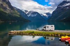 Rodzinnego wakacje podróż RV, wakacyjna wycieczka w motorhome Fotografia Royalty Free
