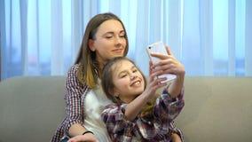 Rodzinny bezczynnie czasu wolnego styl życia bierze selfie obraz royalty free