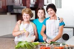 Rodzinny kucharstwo Obrazy Royalty Free