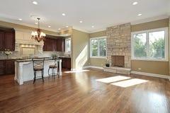 rodzinny kuchenny pokój Zdjęcia Royalty Free