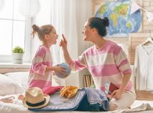 Rodzinny narządzanie dla podróży Zdjęcia Stock