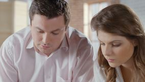 Rodzinny odliczający dochód i koszty Pożyczki, podatki, użyteczność zdjęcie wideo