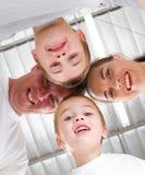 rodzinny skupisko zdjęcie royalty free