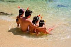 Rodzinny snorkeling Obrazy Royalty Free