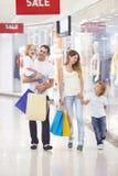 rodzinny zakupy obrazy royalty free