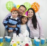 Rodziny partyjny birthday& x27; s dzień fotografia stock