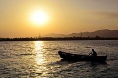 Roeien bij Rawal-Meer Islamabad Stock Foto