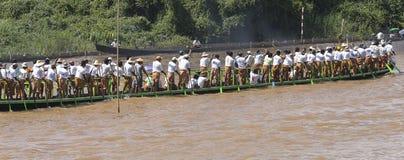 Roeiers op de boot royalty-vrije stock afbeelding
