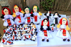 Roemeense met de hand gemaakte poppen Stock Afbeeldingen
