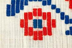 Roemeense traditionele blouse - texturen en traditionele motieven royalty-vrije stock foto