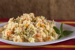 Roemeense traditionele Boeuf-Salade Royalty-vrije Stock Afbeeldingen