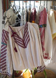 Roemeense traditionele vrouwenkostuums Royalty-vrije Stock Afbeelding