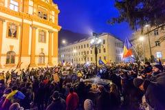 2017 - Roemenen-protesten tegen het plan van de gevangenegratie Brasov, Stock Foto's