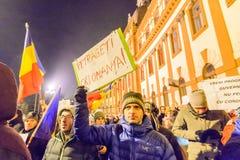 2017 - Roemenen-protesten tegen het plan van de gevangenegratie Brasov, Royalty-vrije Stock Afbeeldingen