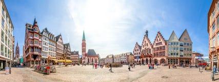 Roemer Frankfurt panorama Fotografering för Bildbyråer