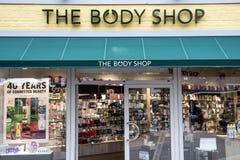 Roermond Nederländerna 07 05 Logo 2017 av det Body Shop lagret Mc Arthur Glen Designer Outlet som shoppar område Royaltyfri Fotografi