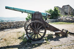 Roestig historisch kanon, Trencin Stock Fotografie