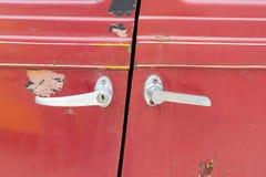 Roestige deur royalty-vrije stock foto's