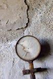 Roestige en beschadigde manometer Royalty-vrije Stock Fotografie