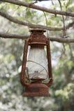 Roestige lantaarn stock fotografie